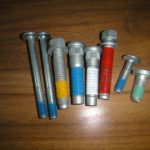 Special nylok sealing bolt